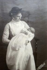 Mrs Ethel Smith Hodson - widwife